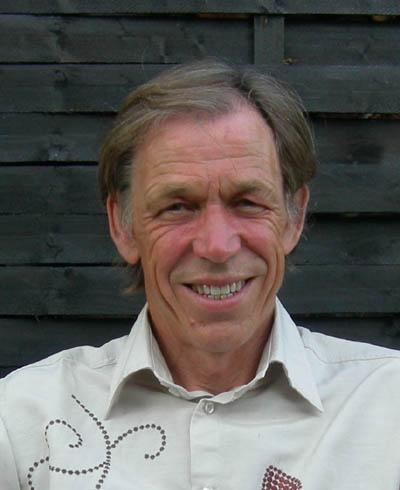 Johan Hjelmborg - hand reader